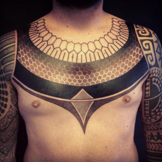 Zmajeve Tetovaže Na Grudima Muške Tetovaže Na Sternumu